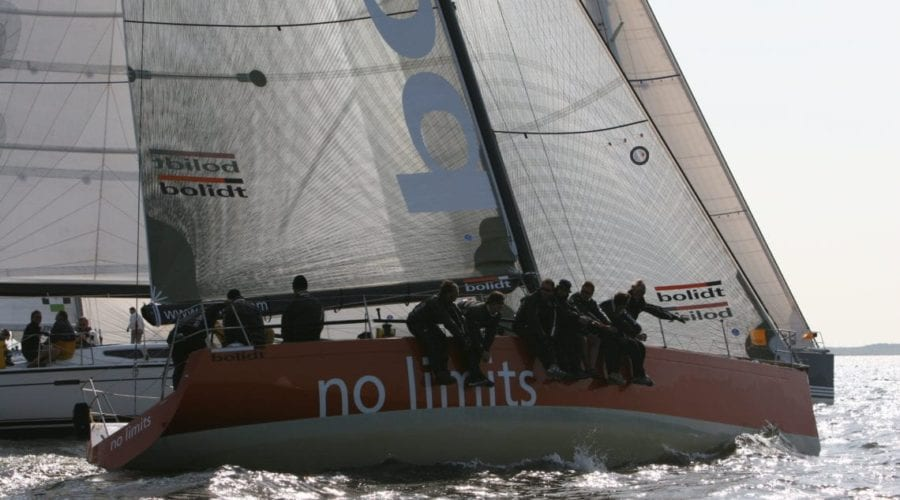 Agent for Yacht Racing with professional crew